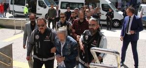 FETÖ'nün yeni il yapılanması sanıkları hakim karşısında Çorum 2. Ağır Ceza Mahkemesinde görülen davada 8'i tutuklu 22 sanığın yargılanmasına başlandı