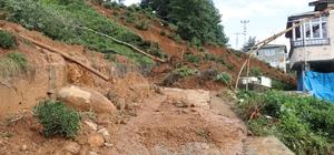 Rize'nin Derepazarı ilçesinde heyelan nedeniyle 3 ev tahliye edildi