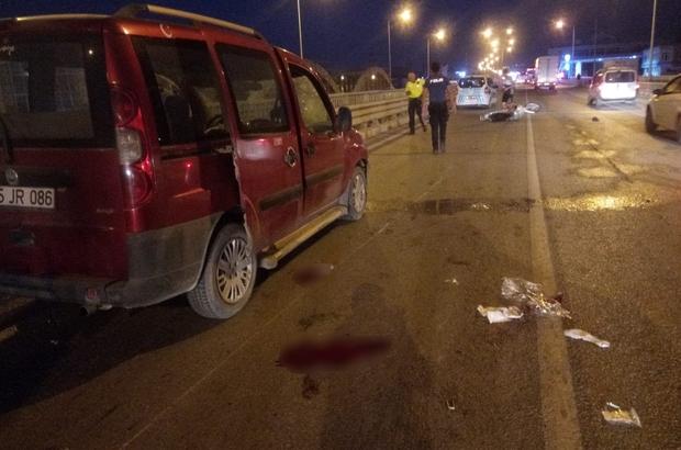Otomobilinin çarptığı motosiklet sürücüsü yaralandı