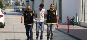 Bisiklet hırsızı tutuklandı Adana'da markete alışverişe gelen şahısların bisikletini alıp kaçan şahıs, önce güvenlik kamerasına sonra polise yakalanınca hapsi boyladı
