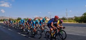Kayseri'de Uluslararası Bisiklet Yarışları Başlıyor