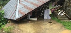 Rize'de şiddetli yağış Hemşin ilçesi Yaltkaya köyünde şiddetli yağış sonrası oluşan heyelanda bir ev yıkıldı, evde yaşayan 85 yaşındaki şahıs yaralandı