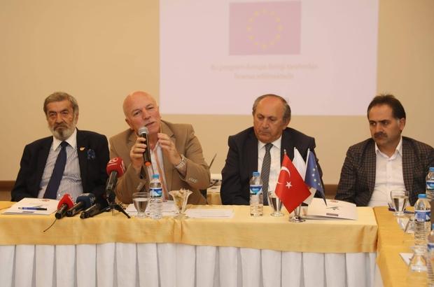 'Demokrasi İçin Medya Programı'nın 5. Durum Değerlendirme Toplantısı Erzurum'da yapıldı