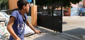 Ders zili İbrahim için çalmadı 14 yaşındaki İbrahim'in okula acı bakışı
