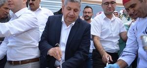 Bünyan Belediyesi 3 bin kişilik aşure ikram etti