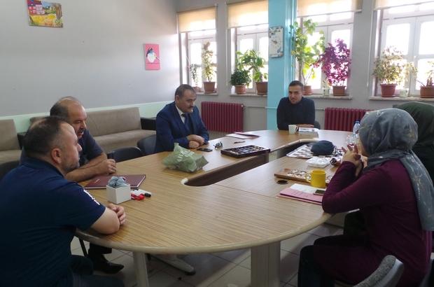 Çavdarhisar'da okul ziyaretleri İlçe Milli Eğitim Müdürü Ginyas Kaya quot