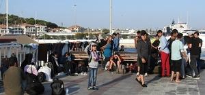 Çeşme'de 95 düzensiz göçmen ölümden döndü