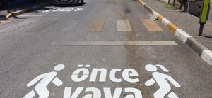 Büyükşehir'den 'Önce Yaya' çalışması Yaya geçitleri yenileniyor