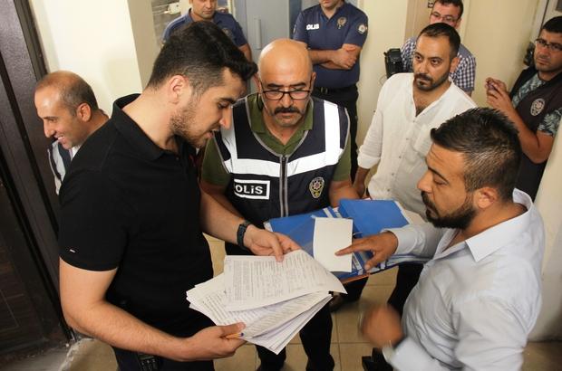 Kahramanmaraş'ta günübirlik daireler mercek altında Kahramanmaraş'ta polis ekipleri, kısa süreli konaklama için kullanılan apart daireleri tek tek inceledi Denetimlerde 290 kişi sorgulandı