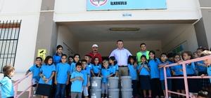 Okulların iç ve dış cephe boyası Çiğli Belediyesinden
