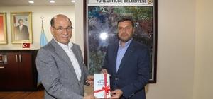"""Eğitim-Bir-Sen'den Kocaispir'e tam destek Eğitim-Bir-Sen, Yüreğir Belediyesi'nin """"Eğitime Dokun"""" kampanyasına destek verdi"""
