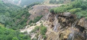 Doğanşar'ın güzellikleri keşfedilmeyi bekliyor Sivas'ın Doğanşar ilçesi doğal ve tarihi mekanlarıyla dikkat çekiyor
