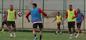 Sivas Belediyespor'da Ergene mesaisi başladı TFF 2. Lig'in 4. haftasında deplasmanda Ergene Velimeşe Spor ile kozlarını paylaşacak olan Sivas Belediyespor, bu maçın hazırlıklarına start verdi.