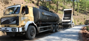 Büyükşehirden Gazipaşa Çamlıca grup yoluna asfalt