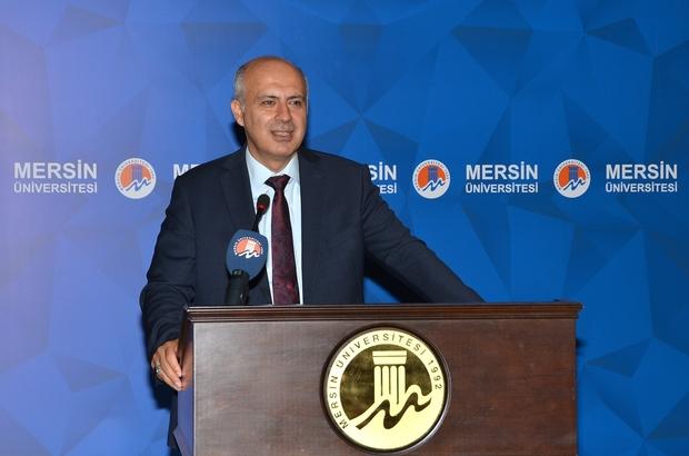 """MEÜ'de oryantasyon programı başladı Mersin Üniversitesi Rektör Prof. Dr. Ahmet Çamsarı: """"Ülke ve millet sevgisini her şeyden üstün tutun"""""""