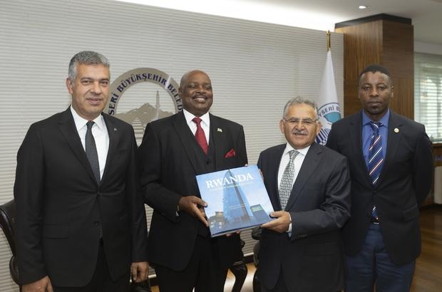 Başkan Büyükkılıç, Ruanda Büyükelçisini ağırladı