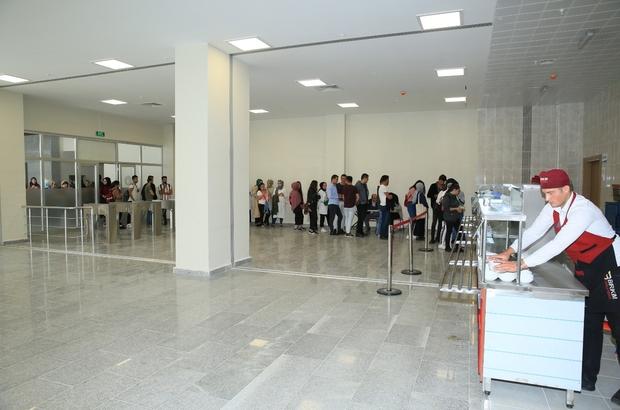 Bayburt Üniversitesi Kültür Merkezi 1500 kişilik yemekhaneyle hizmete başladı