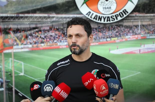 """Erol Bulut: """"Fenerbahçe maçında takımımız haklı yere 3 puan almıştır"""" Aytemiz Alanyaspor'da Gençlerbirliği maçı hazırlıkları"""