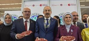 Emine Erdoğan KTO Standında