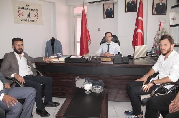 Diyarbakır'da MHP gücüne güç katıyor Bağımsız milletvekili adayı Özkan Yıldırım ve beraberindekiler MHP'ye katıldı
