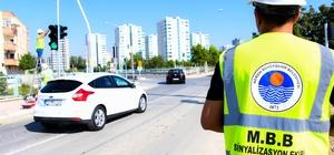 Tarsus'ta kazalara karşı ledli trafik sinyalizasyon sistemi