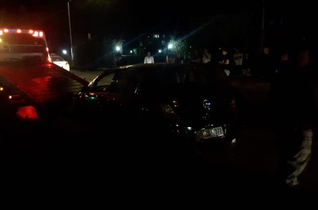 Bursa'da otomobil yan yattı, sürücü ölümden döndü