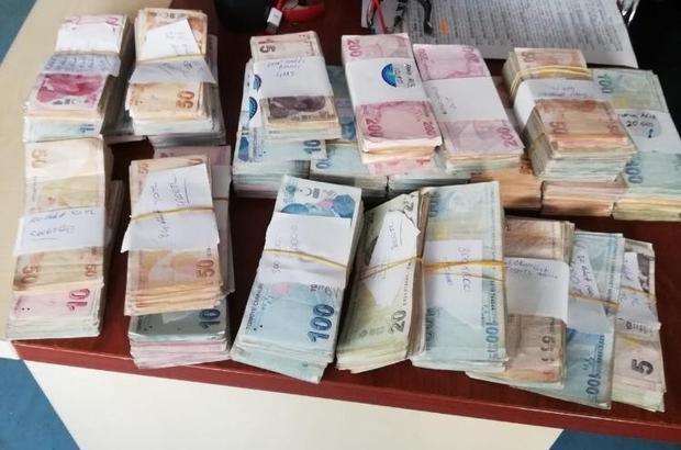 Yasa dışı bahis operasyonunda 500 bin lira ele geçirildi Adana polisi tarafından düzenlenen operasyonda 55 kişi hakkında gözaltı kararı verilirken, zanlıların evlerinde yapılan aramalarda 500 bin lira ele geçirildi
