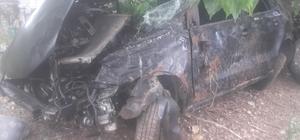 Sivas'ta otomobil takla attı: 1'i ağır 3 yaralı