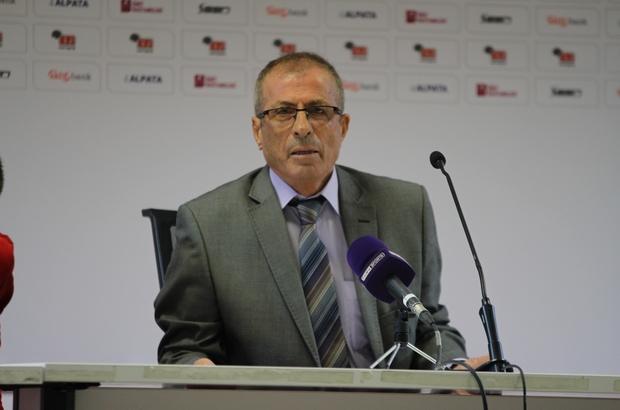 """Adıgüzel: """"Top kaptırdıkça gol yedik"""" Menemen Belediyespor Teknik Direktörü Mehmet Nuri Adıgüzel: """"Eskişehirspor'un silinen puanları herkesi çok üzüyor"""""""