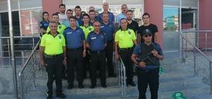 Emniyet Müdürü Mehmet Akbıyık, emniyet personeliyle vedalaştı.