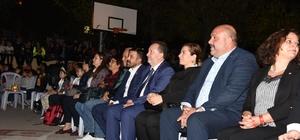 'Neşeli Günler' Adnan Menderes'te gerçekleştirildi Binler 'Neşeli Günler'e akın etti