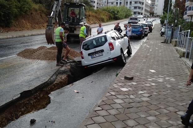Enerya, vatandaşları çileden çıkardı Enerya'nın altyapısı çöktü, araçlar içine düştü