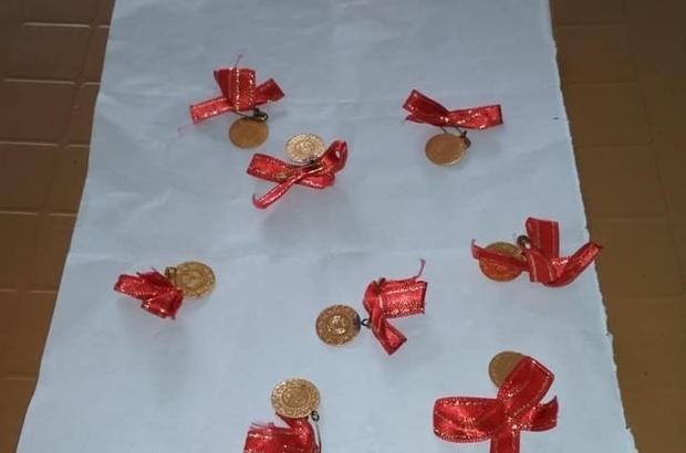 Kabartılması için gönderilen yastıktan altın çıktı Yorgancı yastıktan çıkan altınları sahibine teslim etti