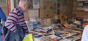 """CHP'li Belediyenin """"Kitap Günleri"""" etkinliği tasarruf tedbirlerine takıldı"""