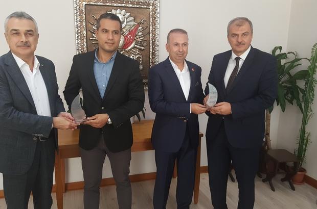 Aydın'da okullar için 30 ton boya bağışı