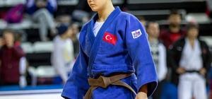 Balıkesirli Habibe judoda dünya şampiyonu oldu Şampiyon sporcu pazartesi günü Balıkesir'de