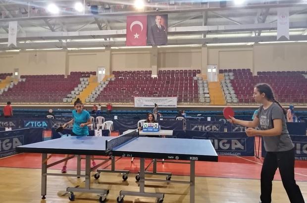 Isparta'da raketler il birinciliği için yarışıyor Isparta'da masa tenisi heyecanı başladı
