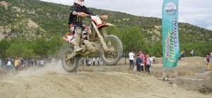 Pirinç festivalinde motokros gösterileri büyüledi