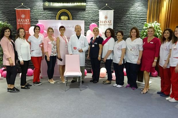 18 milyon kanserliden 2 milyonu meme kanseri Bursa'da meme kanserine dikkat çekmek için bütün hastane pembe giydi