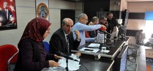 TYP kapsamında işe alınan vatandaşlar kura ile belirlendi Sivas'ın Suşehri ilçesinde Milli Eğitim Müdürlüğü bünyesinde 9 ay süreyle çalıştırılmak üzere işe alınan 50 kişi kura çekimi ile belirlendi.