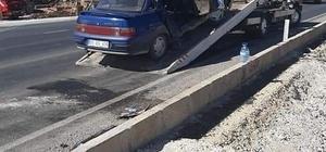 Tır ile otomobil çarpıştı: 1 ölü, 2 yaralı