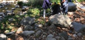 Manyas'ta çevre temizliği yapıldı