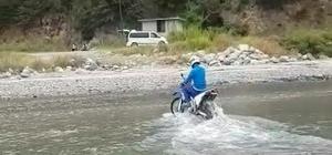Rize'de adrenalin tutkunları Fırtına Deresi'nde arazi araçları ile böyle eğlendi