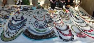 Burhaniye'de sezon uzadı gece pazarı gündüz pazarı oldu