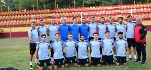 Küçükköyspor lige galibiyetle başlamak istiyor Sarı-kırmızılılar ilk maçlarını cumartesi günü Sakaryaspor ile oynayacak