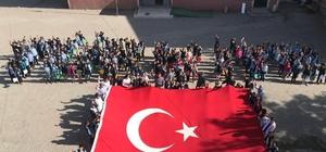 Horasan'lı öğrencilerden 'Barış Pınarı Harekatı'na anlamlı destek