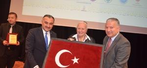 Kazım Karabekir'in kızı Timsal Karabekir 2.Uluslararası Develi Aşık Seyrani Türk Kültürü Kongresi 2. Gününde Babası Kazım Karabekir'i anlattı