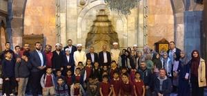 Öğrenciler Mehmetçik için sabah namazında buluşup dua etti