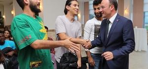 Projeler üniversite öğrencilerinden destek Pamukkale Belediyesi'nden