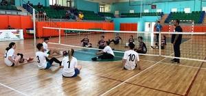 Rize'de Oturarak Voleybol Turnuvası düzenlendi